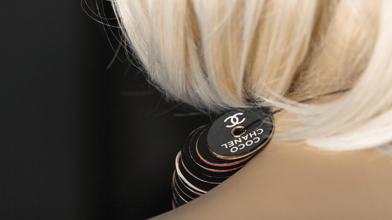 Ein Corporate Book für die Modebranche: Coco Chanel Tragebuch 05