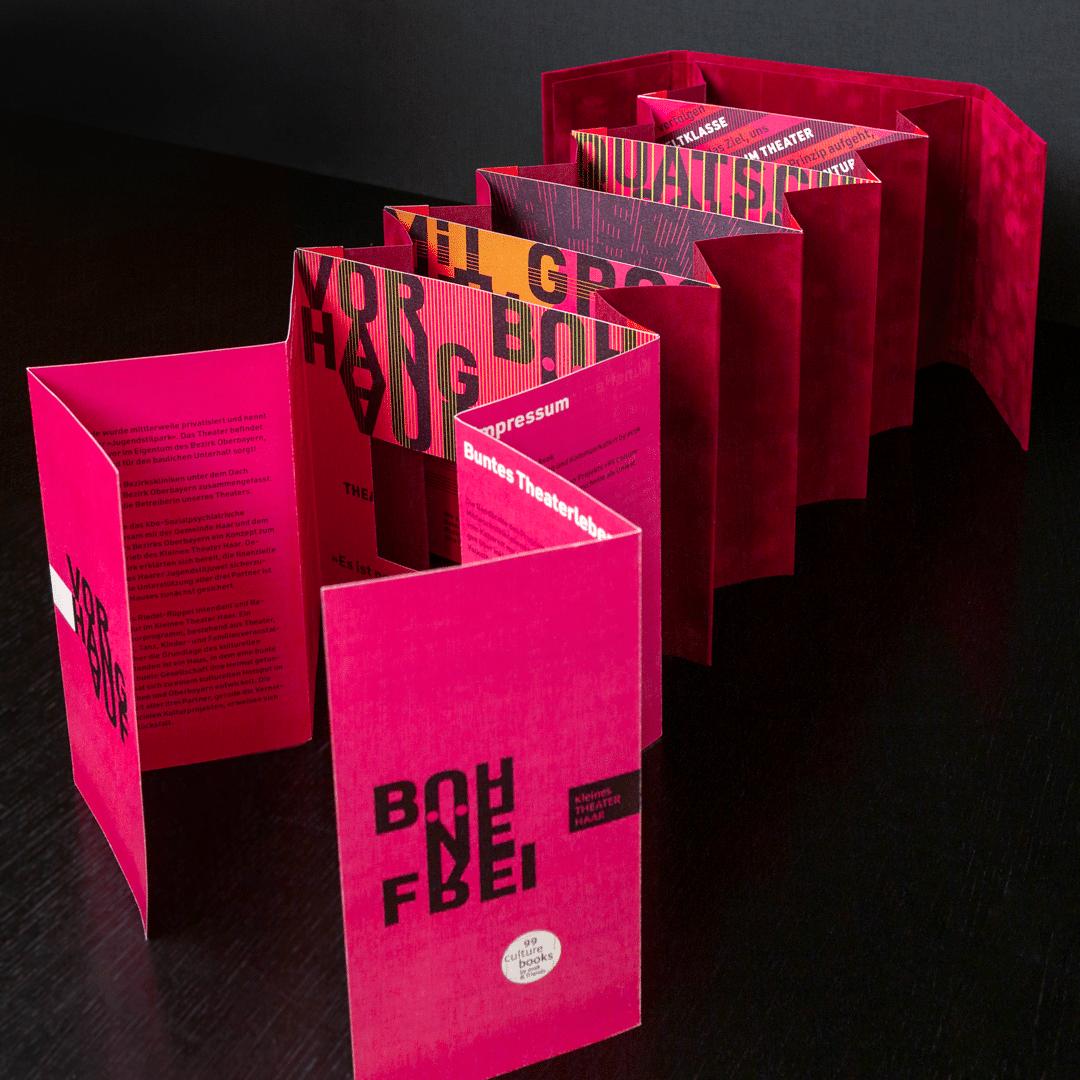 99 Culture Books: Kleines Theater Haar